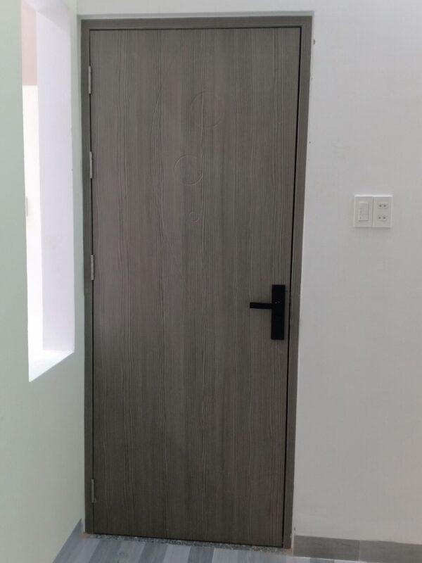 Cửa nhựa gỗ Composite với nhiều tone màu nổi bật, tạo điểm nhấn cho căn nhà bạn