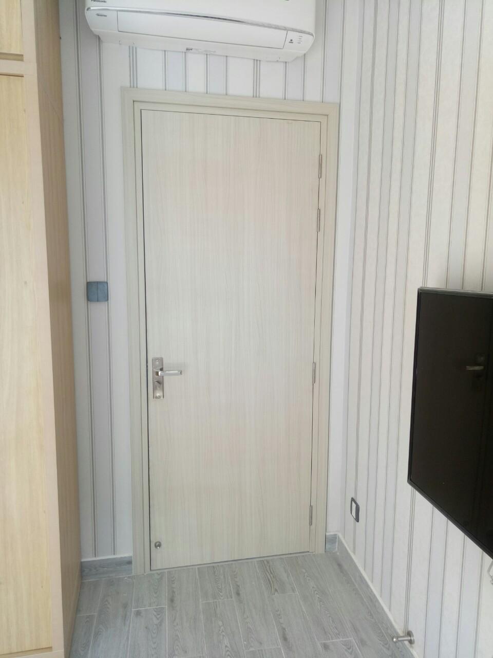 Giá cửa nhựa gỗ Composite tại Cam Lâm
