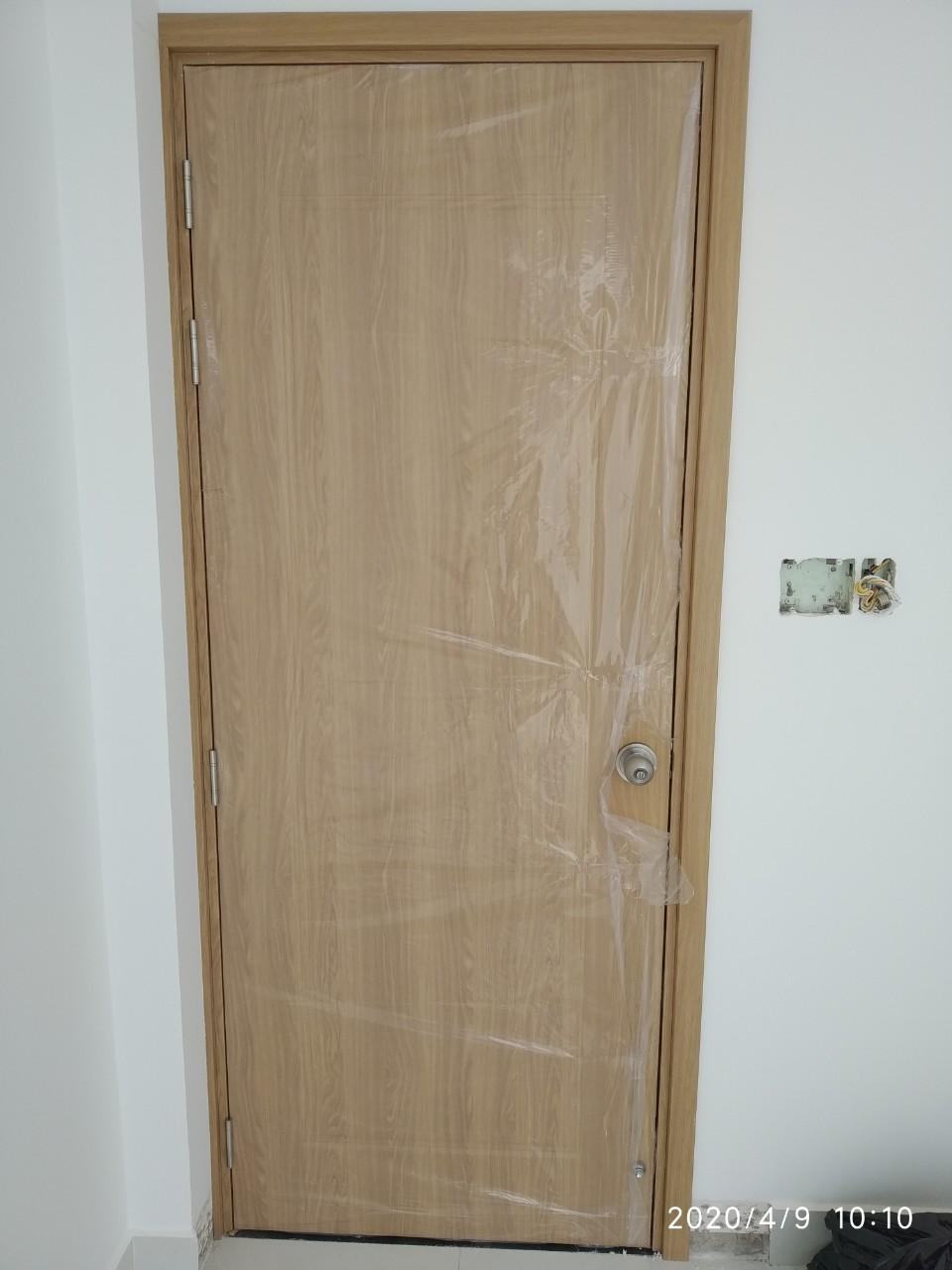 Cửa nhựa gỗ Composite - cửa chuyên dùng cho nhà vệ sinh và cửa phòng ngủ