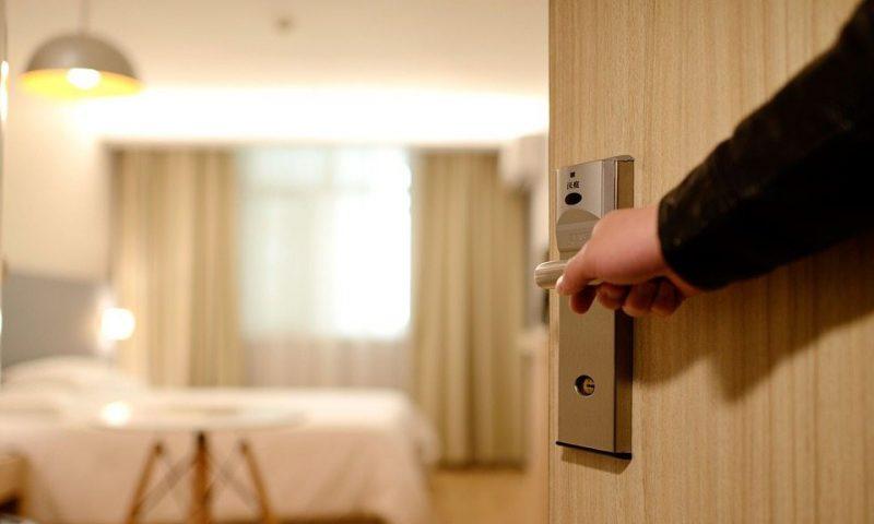 Kingdoor - Nơi cung cấp các loại của phòng ngủ giá rẻ chất lượng tại Nha Trang