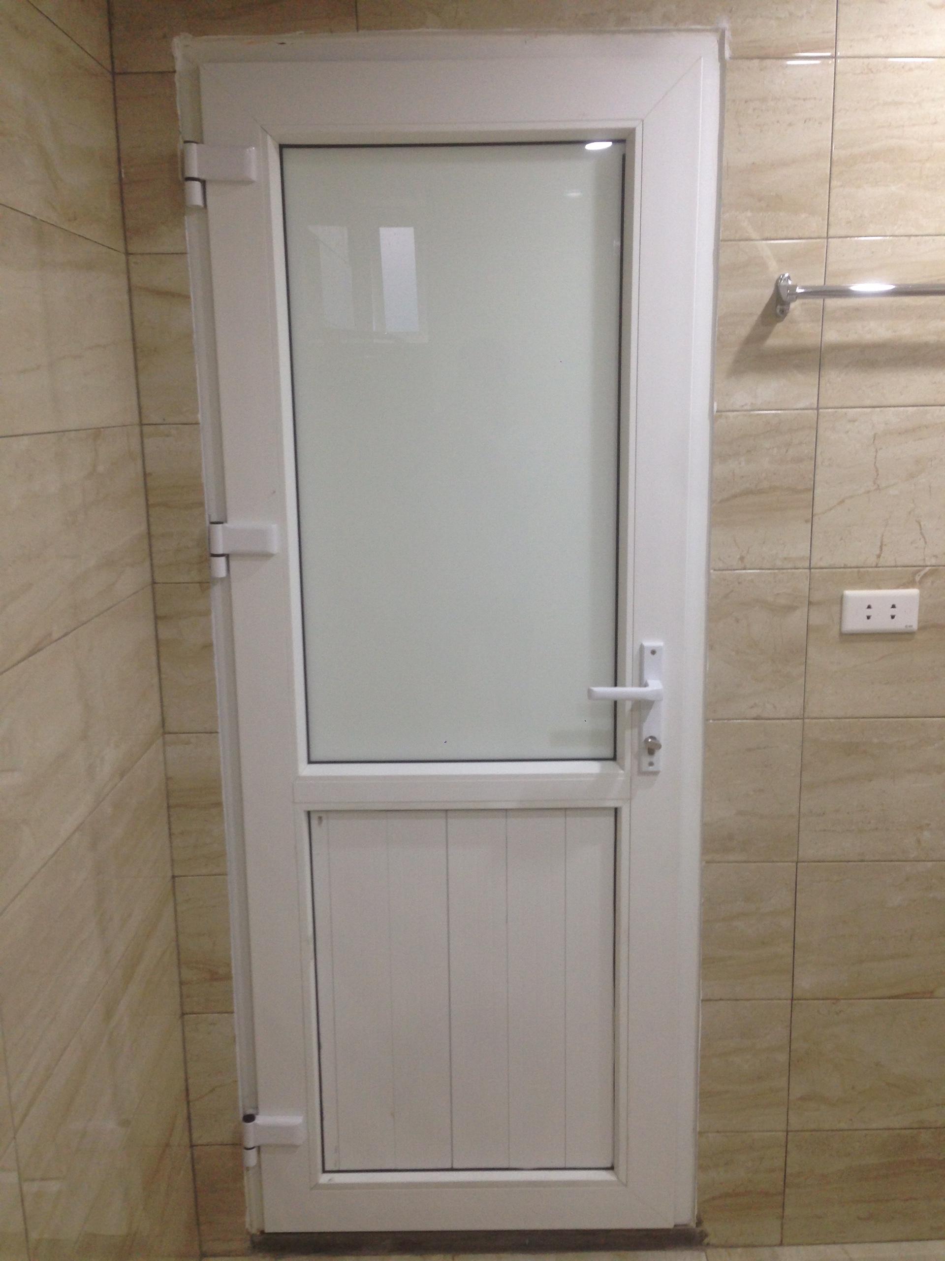 """Bài viết : """" Nên lựa chọn cửa gì cho nhà vệ sinh?"""""""