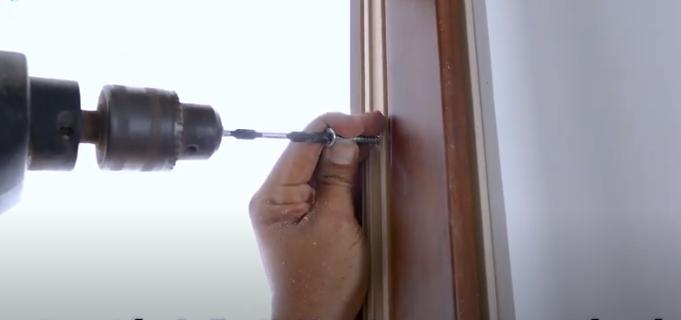 Hướng dẫn lắp đặt cửa nhựa